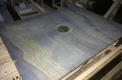 Fertige Duschtasse in Azul imperial
